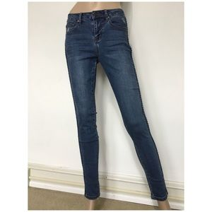 Earl Jean Light Wash Mid Rise Stretch Skinny Jeans